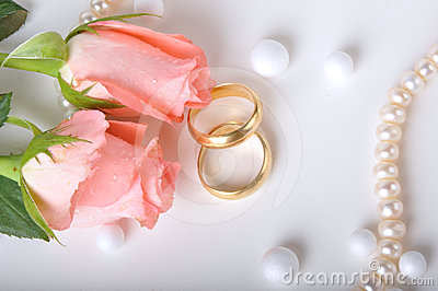 Wedding Rings Pictures wedding rings and rose