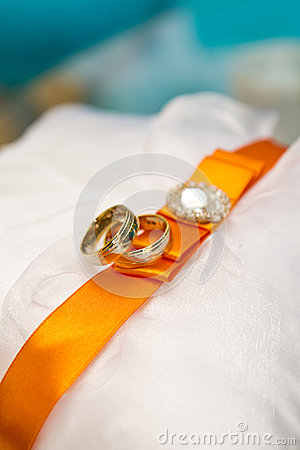 Wedding rings abstract
