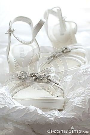 العرايس wedding-shoes-thumb17719146.jpg