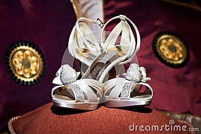 العرايس wedding-shoes-for-brides-thumb17237410.jpg