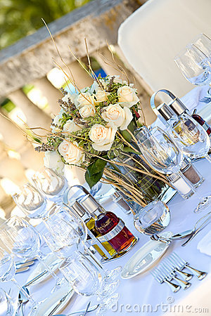 Wedding table setting2