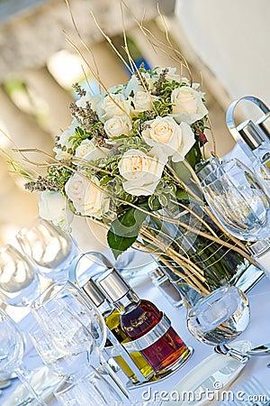 Wedding table setting3