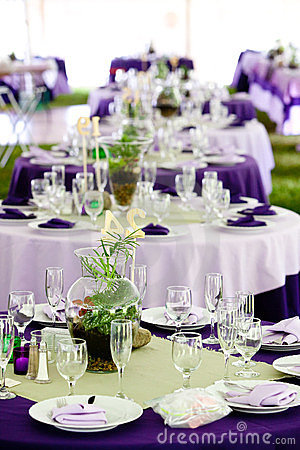 Wedding tables - Green and Purple