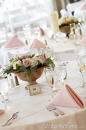 Free Wedding Tables Set For Fine Dining Royalty Free Stock Photos - 1571058
