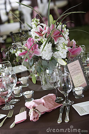 Free Wedding Tables Set For Fine Dining Royalty Free Stock Photo - 1571075