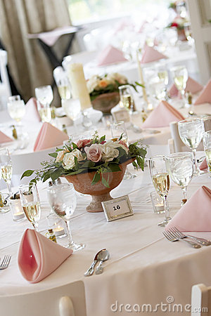 Free Wedding Tables Set For Fine Dining Stock Photography - 1571202