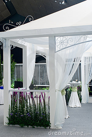 Free Wedding Tent Royalty Free Stock Images - 5866799