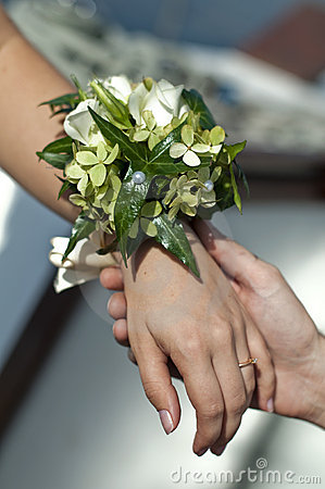Wedding wrist bouquet