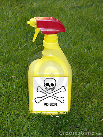 Free Weedkiller Spray Bottle Royalty Free Stock Photo - 3859885