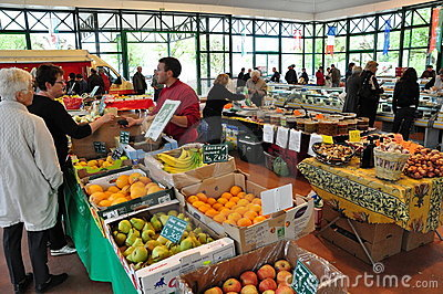 Weekend Farmer s Market in France Editorial Image
