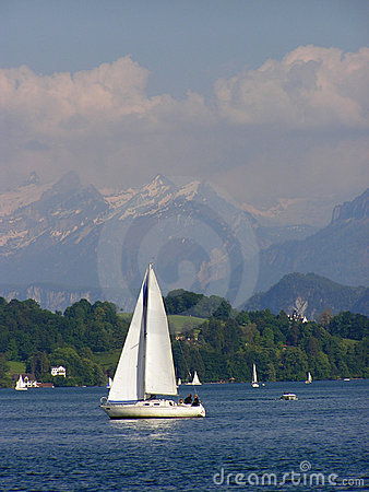 Weiße Yacht