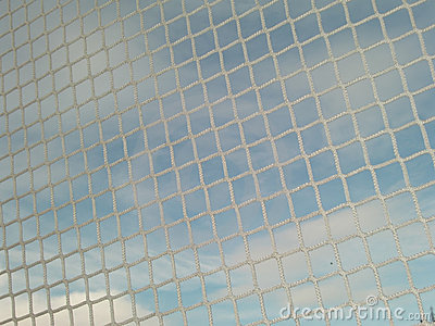 Weißer Netzabschluß oben