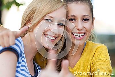 Weibliche Freunde