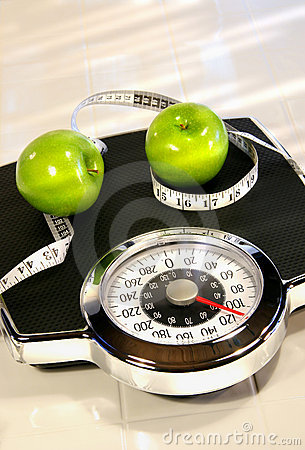 Free Weight Scale With Green Apples Royalty Free Stock Photography - 4481897