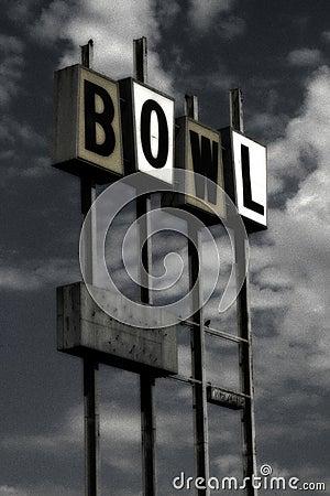 Weinlese-Bowlingspielzeichen (grunge)