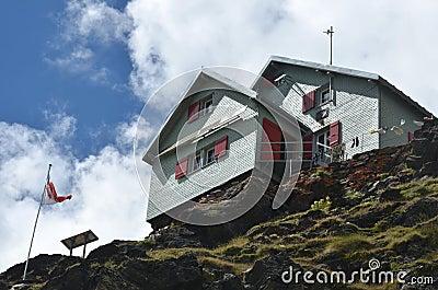 Weisshorn Hut
