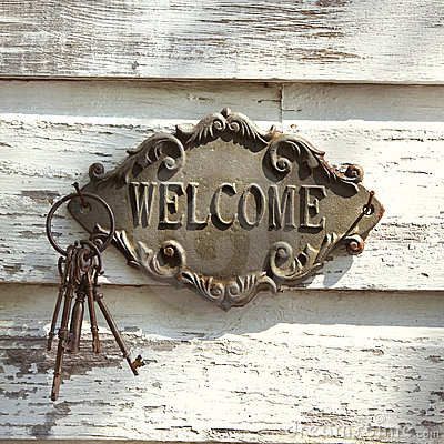 Free Welcome Sign On Wall. Royalty Free Stock Photos - 5538028