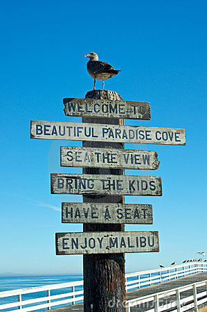 Free Welcome To Malibu Sign Royalty Free Stock Images - 22803879