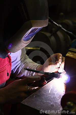 Welding in protective atmosphere of gases
