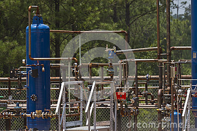 Well site production equipment