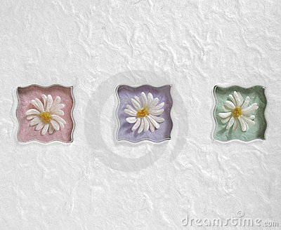 Wellenförmige Pastellgänseblümchen