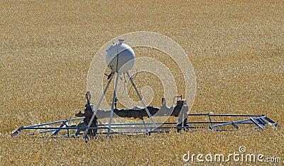 Wellhead & methanol tank cropland