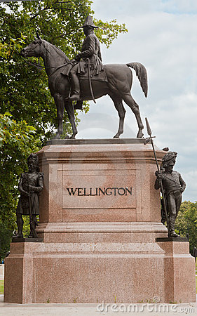 Wellington Monument in London