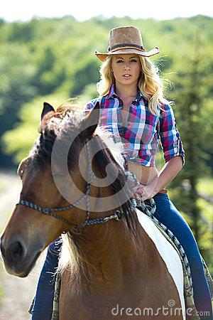 Western Horse Riding Clipart Western Beauty On Hors...
