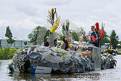 Westland Floating Flower Parade 2009 Editorial Stock Image