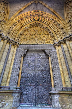 Westminster Abbey door