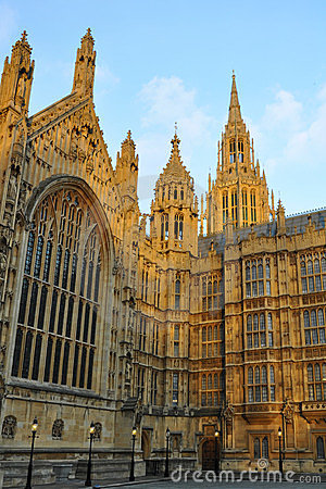 Westminster: torres peaky do parlamento, Londres
