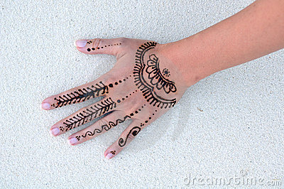 Wet indian henna tattoo