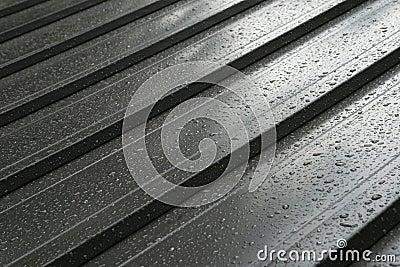 Wet metal roof detail