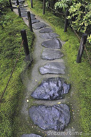 Wet Stone Pathway Stock Photos - Image: 23932213
