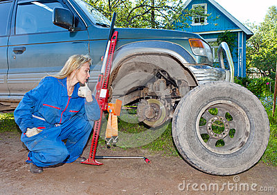 Wheel replacement at the car