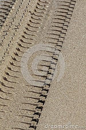 Free Wheel Track On Sand Stock Photo - 42559830