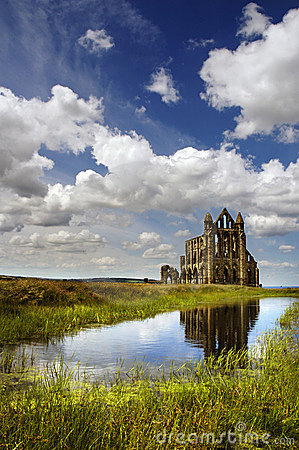 Free Whitby Abbey On Sunny Day Royalty Free Stock Photo - 926765