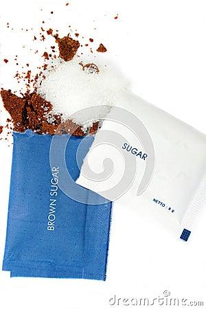 Free White And Brown Sugar Sachet Royalty Free Stock Photos - 6070948