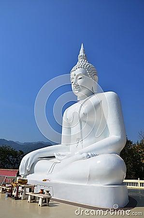 Free White Buddha At Kanchanaburi Thailand Royalty Free Stock Image - 39774526