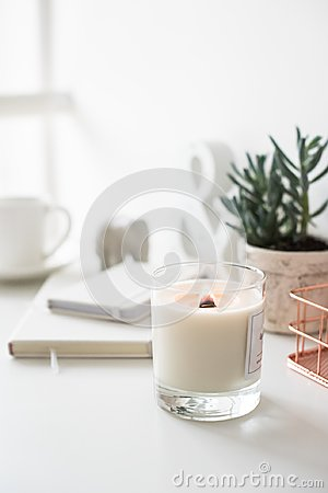 Free White Burning Candle On Table, Home Interior Decorations Stock Image - 107957171