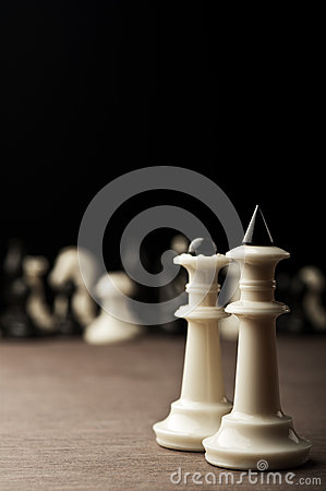 White chess kings and queen
