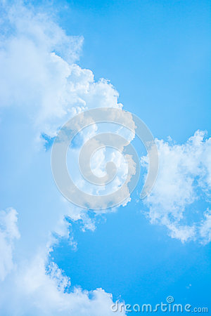 Free White Cloud And Blue Sky Background Image Royalty Free Stock Photos - 46298778
