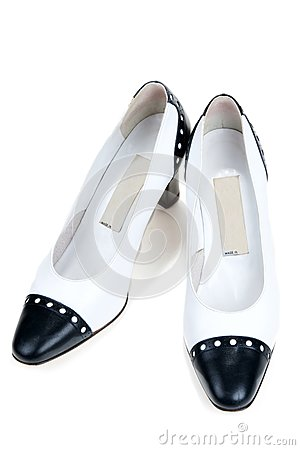 White feminine varnished loafers