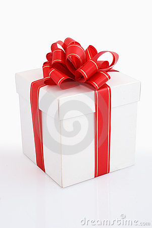 Free White Gift Box With Red Ribbon Stock Photography - 6057072