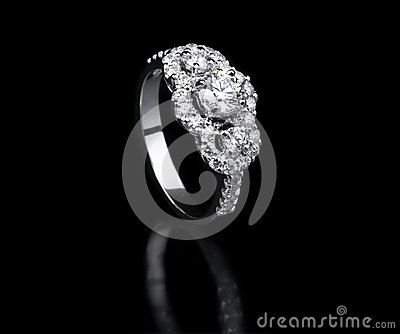 White gold diamond ring standing position