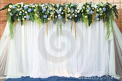 White and green backdrop flowers