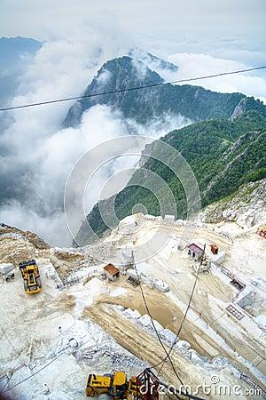 Free White Marble Quarries Royalty Free Stock Photos - 68375498