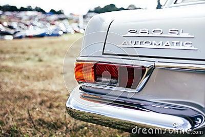 White Mercedes Benz 280 Sl Automatic Free Public Domain Cc0 Image