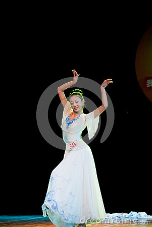 White orchid--Chinese folk dance