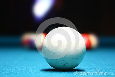 White pool ball